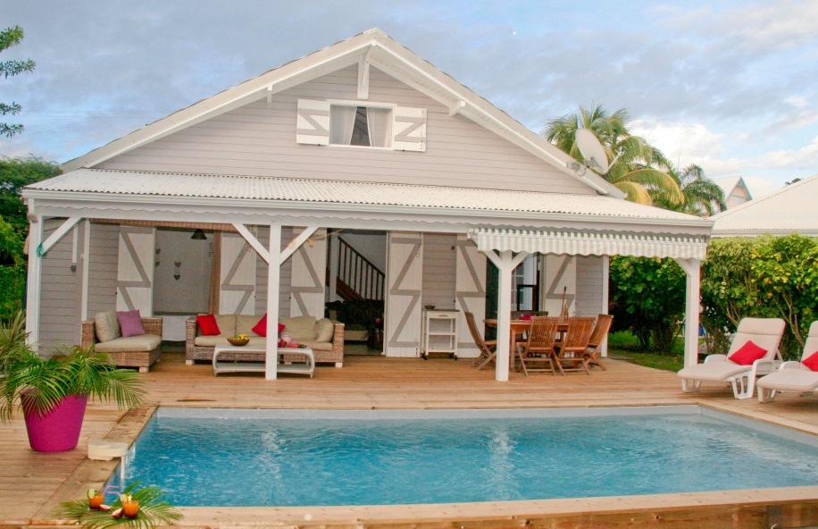 Petite Villa Guadeloupe: Villa et Piscine
